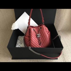 594940f90e50 Bags - Chanel Red Chevron Chain Buckle Drawstring Bag